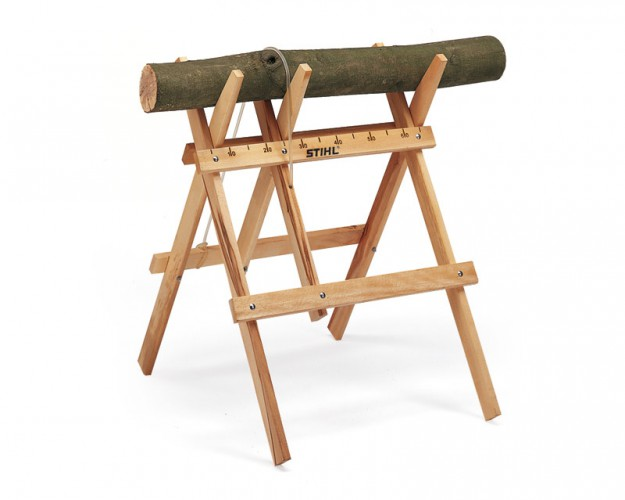 Drevený kozlík na rezanie dreva