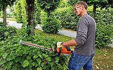 Akumulátorové záhradné nožnice