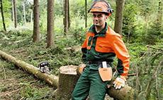 Odev pre prácu v lese (bundy a nohavice)